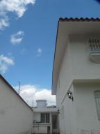 Casa En Venta En Caracas, El Cafetal, Venezuela, VE RAH: 16-10866