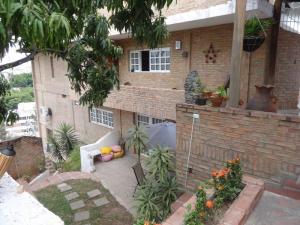 Casa En Venta En Caracas, El Marques, Venezuela, VE RAH: 16-10868