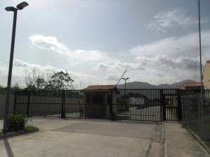 Townhouse En Venta En Municipio San Diego, Trigal De San Diego, Venezuela, VE RAH: 16-10893