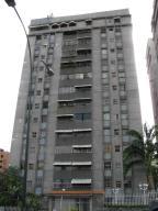 Apartamento En Venta En Caracas, Santa Fe Norte, Venezuela, VE RAH: 16-11696