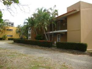 Apartamento En Venta En Rio Chico, Los Canales De Rio Chico, Venezuela, VE RAH: 16-11968