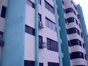Apartamento En Venta En Valencia, Parque Valencia, Venezuela, VE RAH: 16-10957