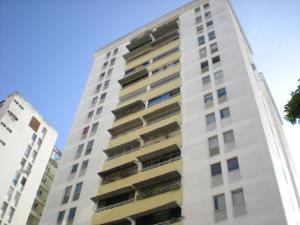 Apartamento En Venta En Caracas, Prado Humboldt, Venezuela, VE RAH: 16-11005