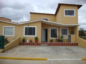 Casa En Venta En Barquisimeto, Parroquia Tamaca, Venezuela, VE RAH: 16-10962