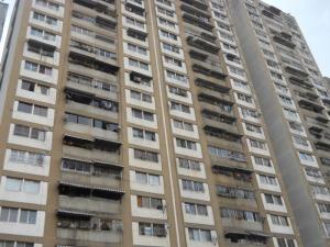 Apartamento En Venta En Caracas, Parroquia La Candelaria, Venezuela, VE RAH: 16-10977