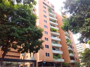 Apartamento En Venta En Caracas, El Rosal, Venezuela, VE RAH: 16-11019