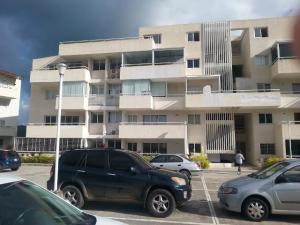 Apartamento En Venta En Caracas, Bosques De La Lagunita, Venezuela, VE RAH: 16-11032