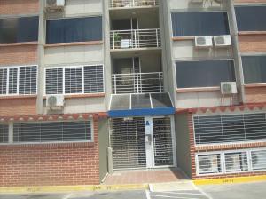 Apartamento En Venta En Parroquia Caraballeda, Camuri Chico, Venezuela, VE RAH: 16-11047