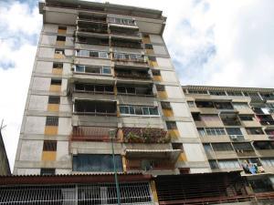 Apartamento En Venta En Caracas, Parroquia La Candelaria, Venezuela, VE RAH: 16-11458