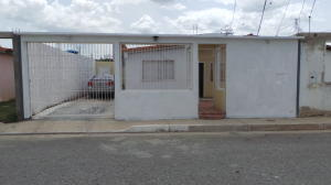Casa En Venta En Municipio Santiago Marino, Barrio Saman De Guere, Venezuela, VE RAH: 16-11053