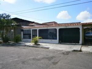 Casa En Venta En Municipio Los Guayos, Araguaney, Venezuela, VE RAH: 16-11072