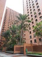 Apartamento En Venta En Caracas, El Recreo, Venezuela, VE RAH: 16-11075