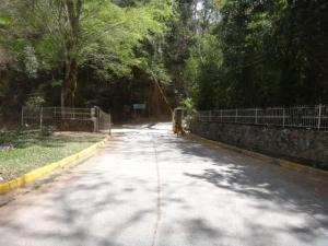 Terreno En Ventaen Caracas, Caicaguana, Venezuela, VE RAH: 16-11086