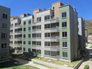Apartamento En Venta En Municipio San Diego, Los Jarales, Venezuela, VE RAH: 16-11089