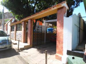 Casa En Venta En Maracaibo, Valle Frio, Venezuela, VE RAH: 16-11119