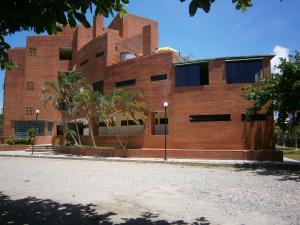 Apartamento En Venta En Rio Chico, Los Canales De Rio Chico, Venezuela, VE RAH: 16-11146