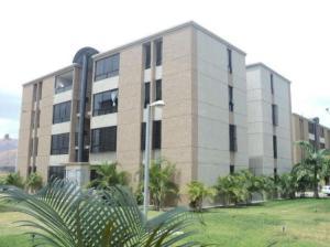 Apartamento En Venta En La Victoria, El Recreo, Venezuela, VE RAH: 16-11155