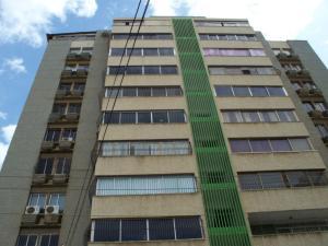 Apartamento En Venta En Maracaibo, Avenida Bella Vista, Venezuela, VE RAH: 14-8688