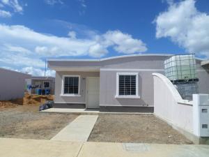 Casa En Venta En Barquisimeto, Parroquia Tamaca, Venezuela, VE RAH: 16-11226