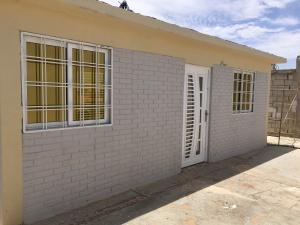 Casa En Venta En Punto Fijo, Puerta Maraven - Mara Cardon, Venezuela, VE RAH: 16-11247