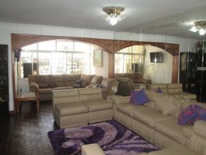 Apartamento En Venta En Maturin, Maturin, Venezuela, VE RAH: 16-11255