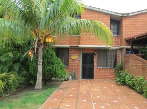 Townhouse En Venta En Guarenas, Nueva Casarapa, Venezuela, VE RAH: 16-11326