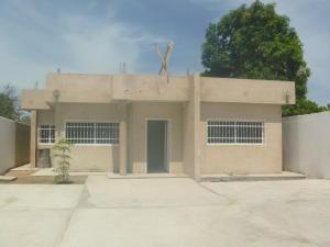 Casa En Venta En Ciudad Ojeda, La 'l', Venezuela, VE RAH: 16-10918