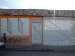 Casa En Venta En Municipio Los Guayos, Buenaventura, Venezuela, VE RAH: 16-11531