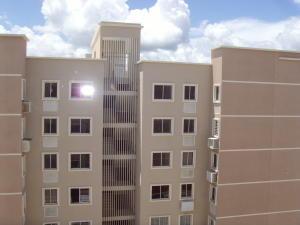 Apartamento En Venta En Barquisimeto, Ciudad Roca, Venezuela, VE RAH: 16-12432
