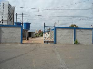 Terreno En Venta En Maracaibo, Dr Portillo, Venezuela, VE RAH: 16-11401