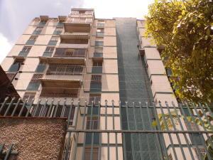 Apartamento En Venta En Caracas, Caurimare, Venezuela, VE RAH: 16-12132