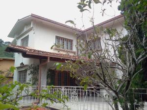 Casa En Alquiler En Caracas, San Roman, Venezuela, VE RAH: 16-11502