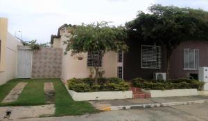 Casa En Venta En Cabudare, Parroquia José Gregorio, Venezuela, VE RAH: 16-11508