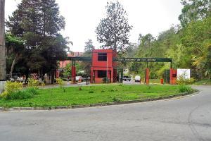 Apartamento En Venta En San Antonio De Los Altos, La Rosaleda, Venezuela, VE RAH: 16-11522
