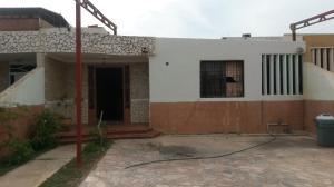 Casa En Venta En Maracaibo, Amparo, Venezuela, VE RAH: 16-11536