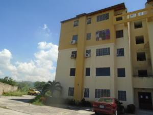 Apartamento En Venta En Municipio Los Guayos, Paraparal, Venezuela, VE RAH: 16-11562