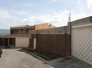 Casa En Venta En Caracas, El Marques, Venezuela, VE RAH: 16-11555