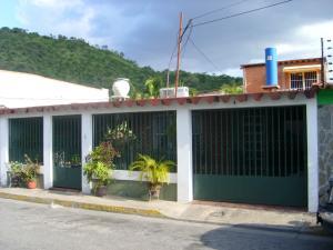 Casa En Ventaen Turmero, Parque Residencial La Floresta, Venezuela, VE RAH: 16-11571