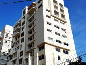 Apartamento En Venta En Maracaibo, La Lago, Venezuela, VE RAH: 16-11583