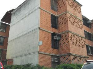 Apartamento En Ventaen Guarenas, Nueva Casarapa, Venezuela, VE RAH: 16-11588