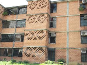 Apartamento En Ventaen Guarenas, Nueva Casarapa, Venezuela, VE RAH: 16-11589