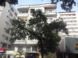 Apartamento En Venta En Caracas, Sabana Grande, Venezuela, VE RAH: 16-11638