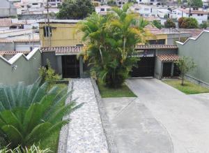 Casa En Ventaen Los Teques, Macarena Sur, Venezuela, VE RAH: 16-11642