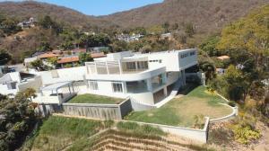 Casa En Venta En Caracas, Prados Del Este, Venezuela, VE RAH: 16-7416