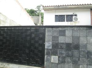Casa En Venta En Guatire, El Castillejo, Venezuela, VE RAH: 16-11873