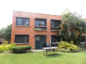 Apartamento En Venta En Municipio Naguanagua, Maã±Ongo, Venezuela, VE RAH: 16-11658