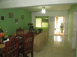 Casa En Venta En Maturin, Maturin, Venezuela, VE RAH: 16-11673