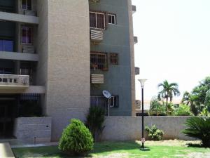 Apartamento En Venta En Maracaibo, Fuerzas Armadas, Venezuela, VE RAH: 16-11666