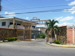 Casa En Venta En Municipio Linares Alcantara, Las Amazonas, Venezuela, VE RAH: 16-11688