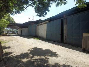 Galpon - Deposito En Venta En Maracay, Zona Industrial Piñonal Sur, Venezuela, VE RAH: 16-11689